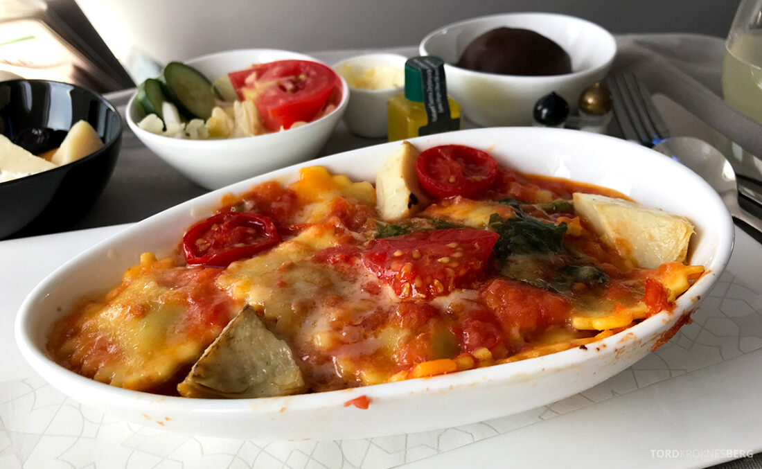 Turkish Airlines Economy Business Class Baku Istanbul Oslo pasta
