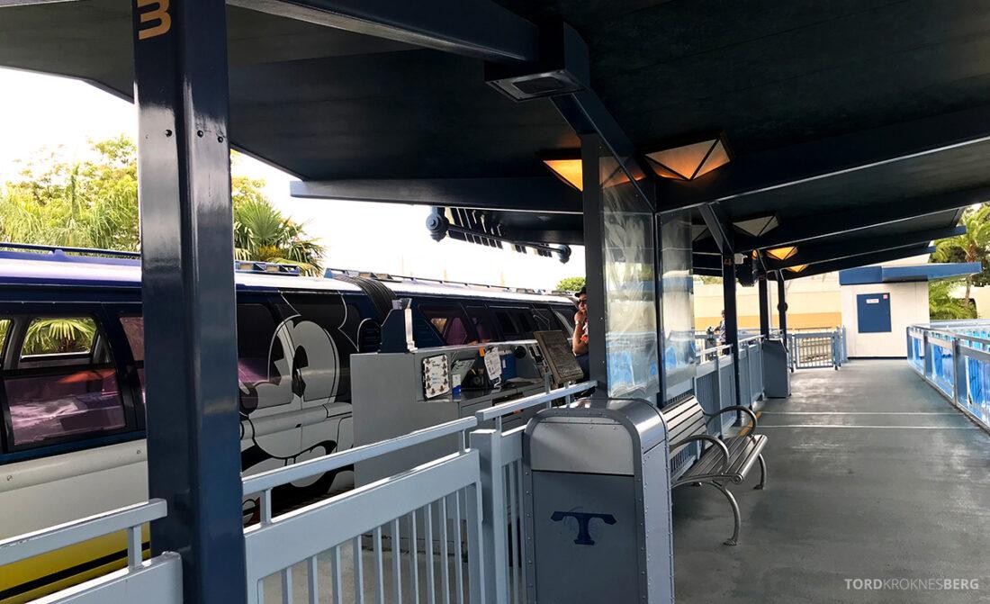 Disneyland California Mikke tog