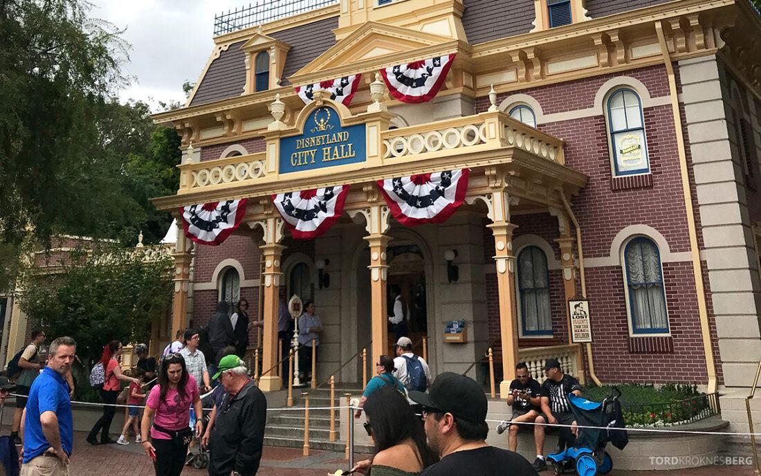 Disneyland California City Hall