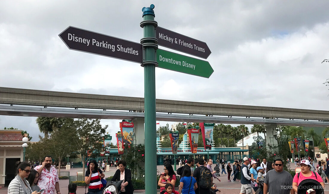 Disneyland California skilt